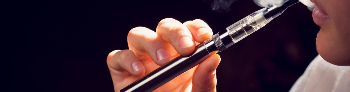 Six Common Questions About E-Cigarette Smokers